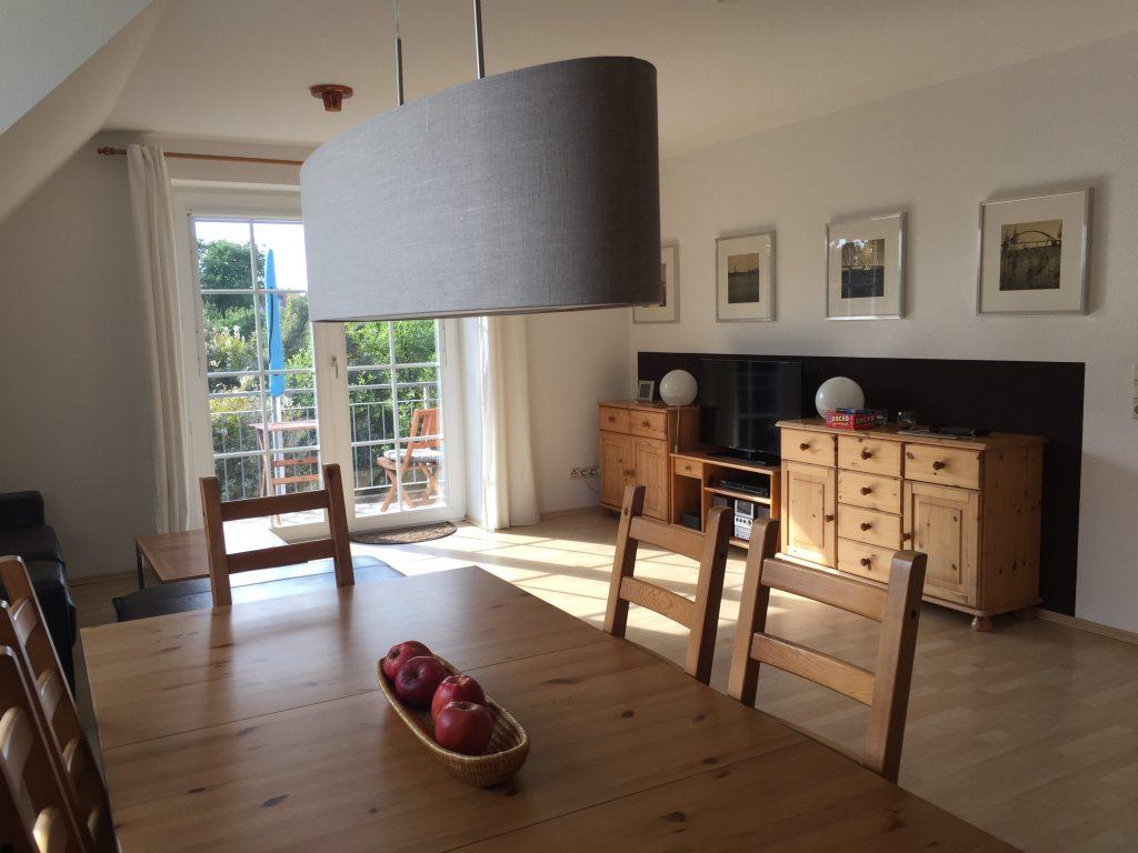 Wohnzimmer, neue Lampen